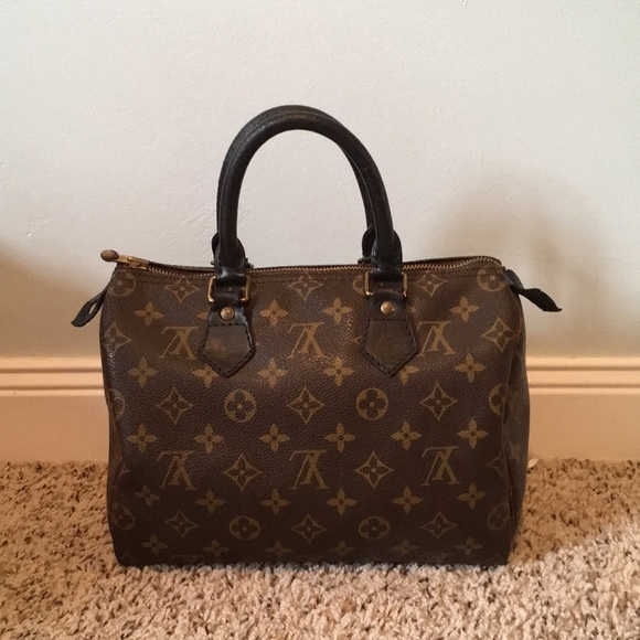 9e89f7a66301 Louis Vuitton Handbags - Vintage LV Speedy 25